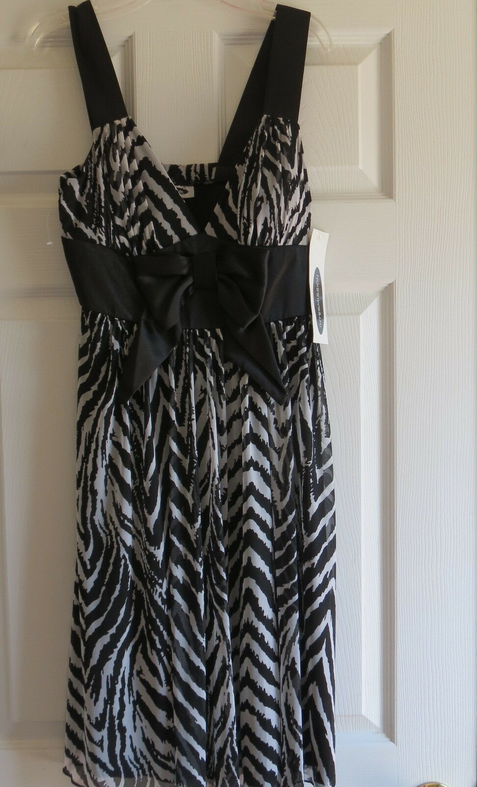 Ladies zebra print stretch dress spring NWT size 6 womens casual bow front