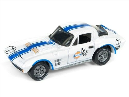 Johnny Lightning GULF 1963 CHEVY CORVETTE GRAND SPORT 1:64 DIECAST JLSP010