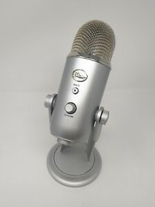 Blue-Microphones-Yeti-Professional-USB-Condenser-Microphone-Sliver