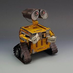 WALL-E-e-robot-model-money-coin-piggy-bank-tin-tinplate-handmade-metal-replica