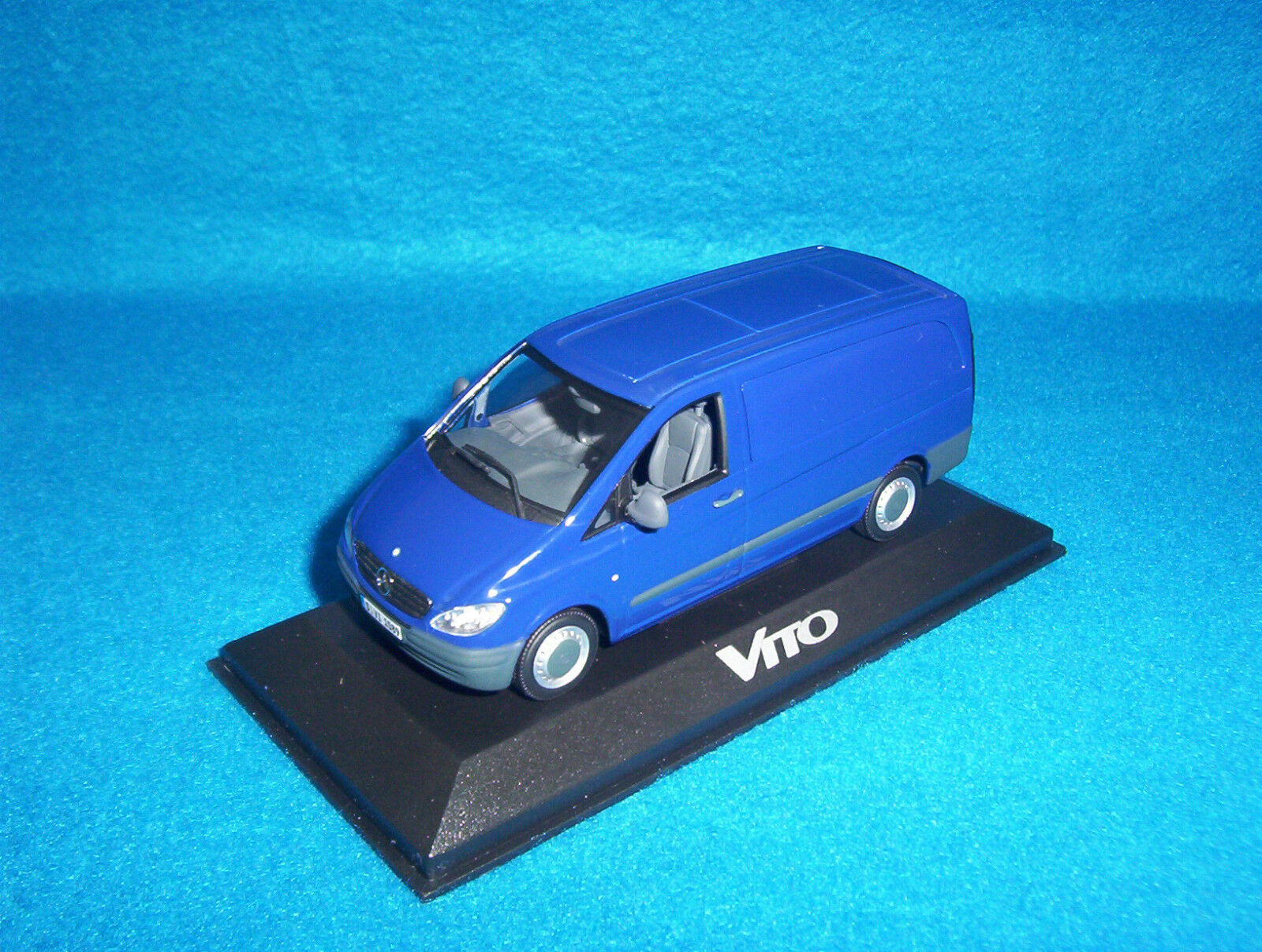 Mercedes Benz Vito 109 CDI 2003 camionnette Panel Van Bleu bleu 1 43 Nouveau neuf dans sa boîte