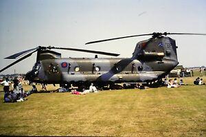 3-993-Boeing-CH-47D-Chinook-Serial-M-7020-Reg-ZA720-Royal-Air-Force-SLIDE