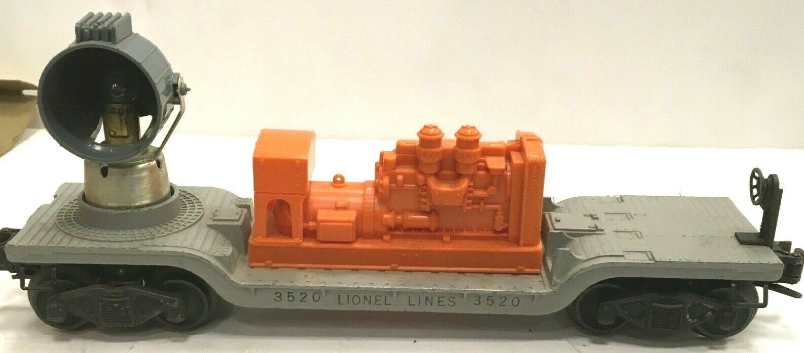 VINTAGE LIONEL TRAIN redATING SEARCHLIGHT CAR IN THE BOX FREE SHIPPING