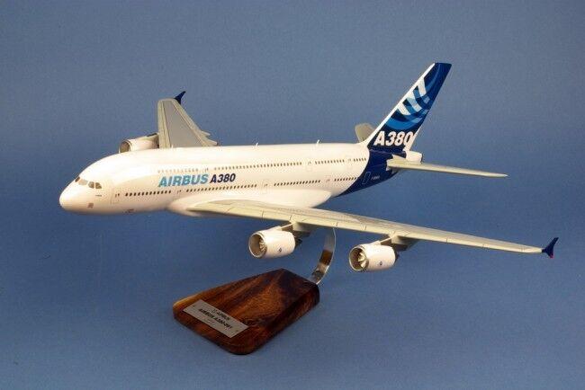 AIRBUS A 380-800    1 144 EME