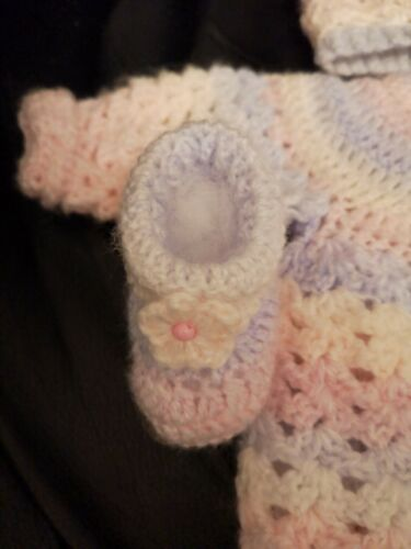 Romany Baby 3 Piece Crochet Cardigan,Hat And booties  Size 0//3months