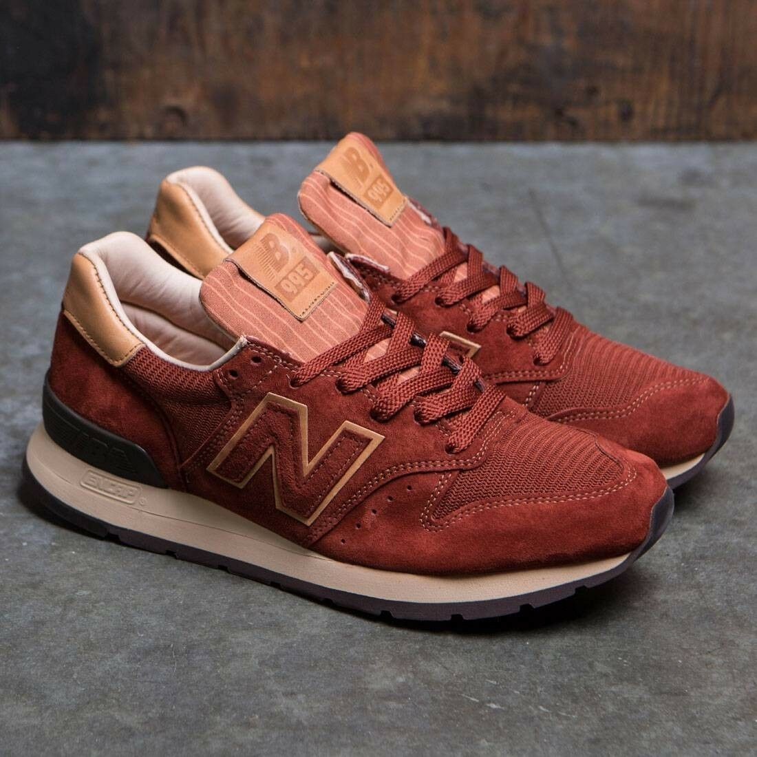 NEW BALANCE 995  BASEBALL PACK  SIZE 8 MADE IN USA NEW WITH BOX (M995DBG)