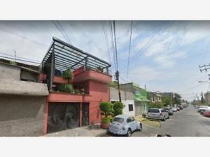 Casa en Venta en Metropolitana Tercera Sección