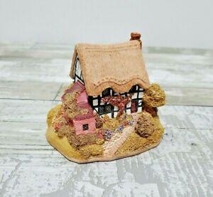 Lilliput-Lane-Cottage-Miniatura-aldea-Cottage-Urraca-Cottage-NB113