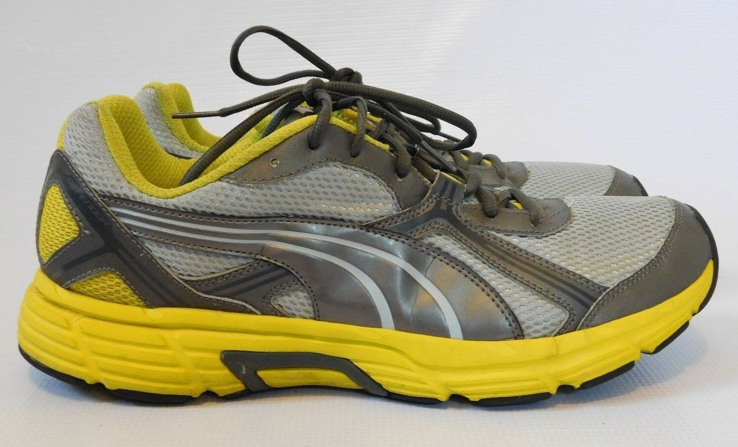 PUMA  Defendor  Mens Silver Running shoes Training Sneakers Size 11.5