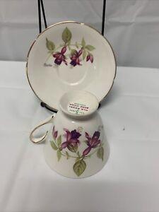 OLD ROYAL BONE CHINA ENGLAND TEA CUP SAUCER PINK FLORAL GOLD TRIM
