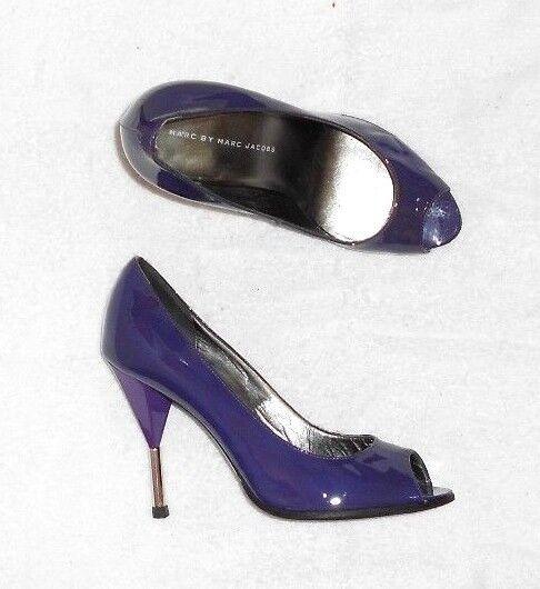 MARC BY MARC JACOBS escarpins cuir verni violet P 37 neufs