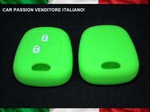 GUSCIO-CHIAVE-PEUGEOT-SILICONE-107-207-307-206-306-406-TOYOTA-AYGO-COVER-VERDE