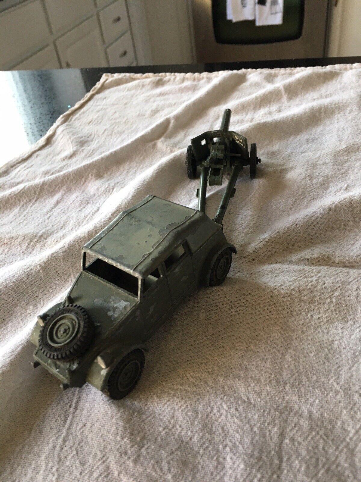 Dinky Toys German Volkswagen And 50 Mm Anti Tank Gun