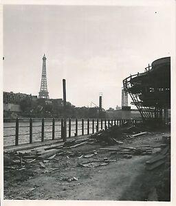 Contemplatif Paris 1937 - Expo Universelle Travaux De Construction Tour Eiffel - Div 11506 Promouvoir La Production De Fluide Corporel Et De Salive