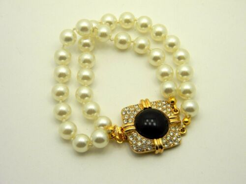 Vintage Signed Joan Rivers Faux Pearl Stone Crysta