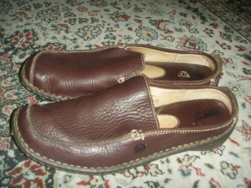 Born W6813 Womens 9.5 Genuine Natural Leather Loaf