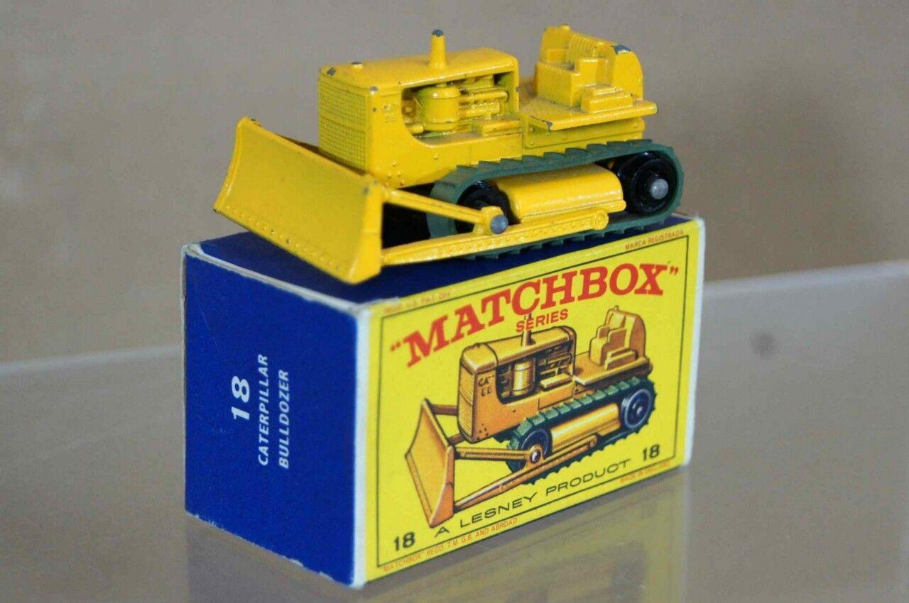 MATCHBOX LESNEY 18 CATERPILLAR D8 BULLDOZER MINT BOXED mt