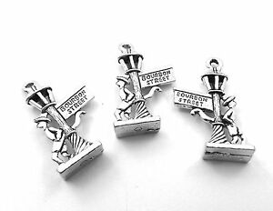 Set-of-4-Pewter-Bourbon-Street-Sign-Charms-0055
