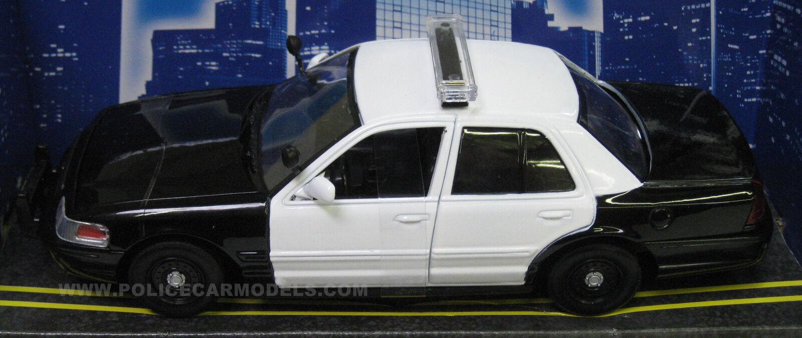 todos los bienes son especiales Motormax 1 24 Ford Ford Ford Crown Victoria Patrulla en blancoo Negro y blancoo Caso De 12 76420  protección post-venta