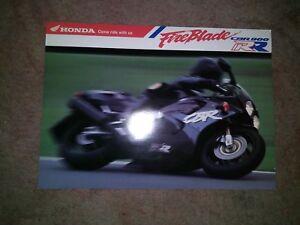 Honda-CBR900RR-Fireblade-CBR900-CBR-900-Brochure