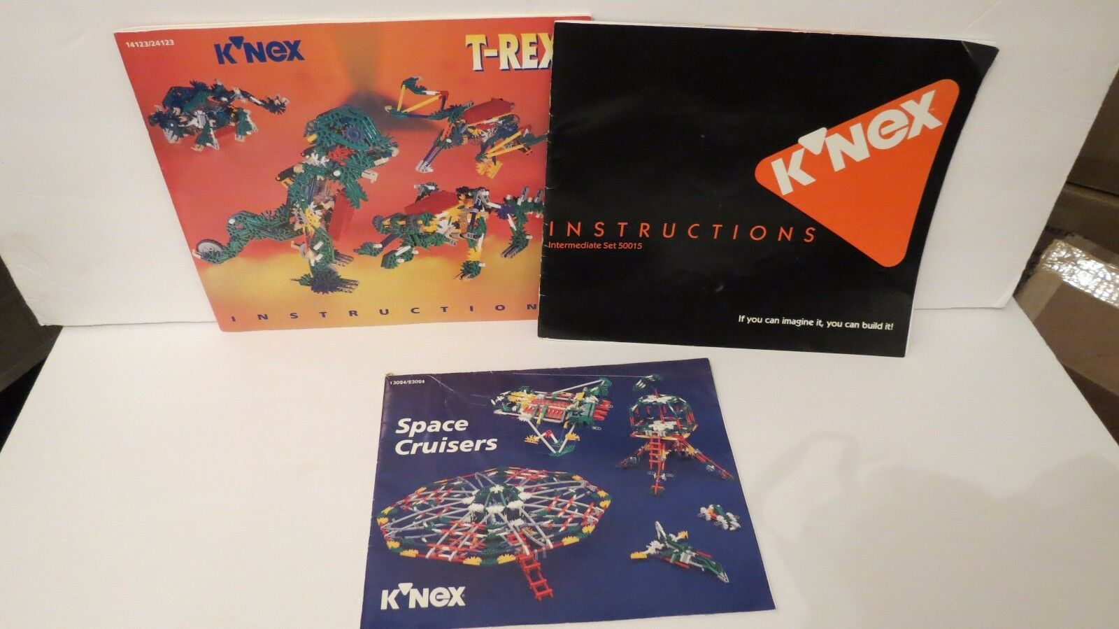 KNEX LOT   2 PLASTIC CARRY CARRY CARRY CASES  3 INSTRUCTIONAL MANUALS  7 POUNDS OF PIECES 1351a1