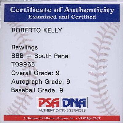 Autographed Baseball - Roberto Kelly