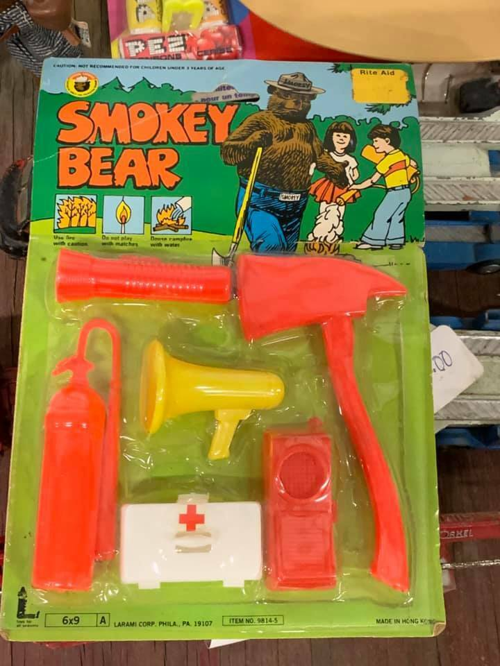 RARE Vintage Smokey the Bear Camping Firestridande Toy Set MOC