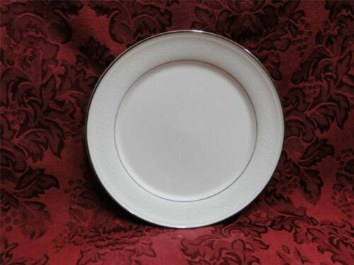 "Bread Plate 6 5//8/"" Mikasa Rochelle Platinum Trim White Floral Border"