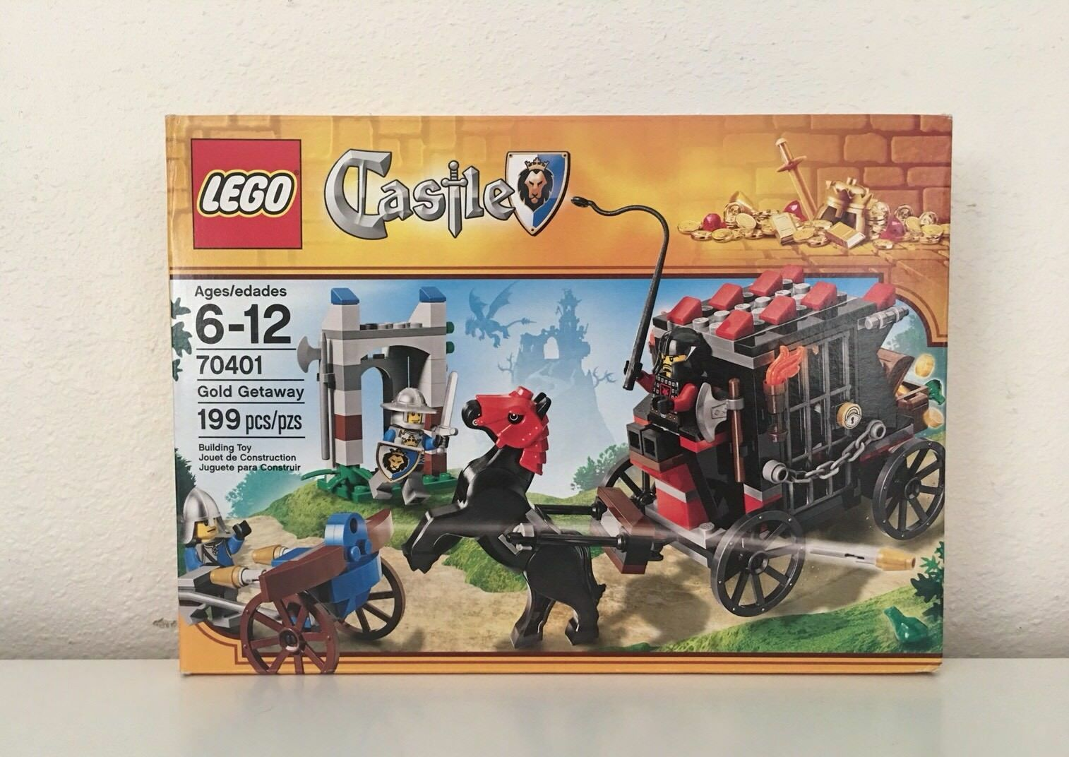 LEGO 70401  CASTLE  GOLD GETAWAY SEALED / Collectible Toy