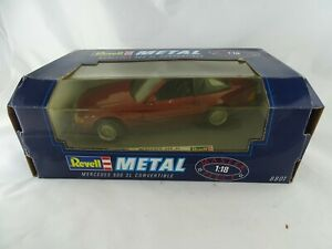 1-18-Revell-8801-Mercedes-500-SL-Convertible-rot