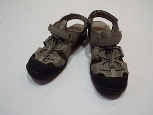ada26e41c Boys sandals by Sonoma flexible outsold size 1 tan black free ...