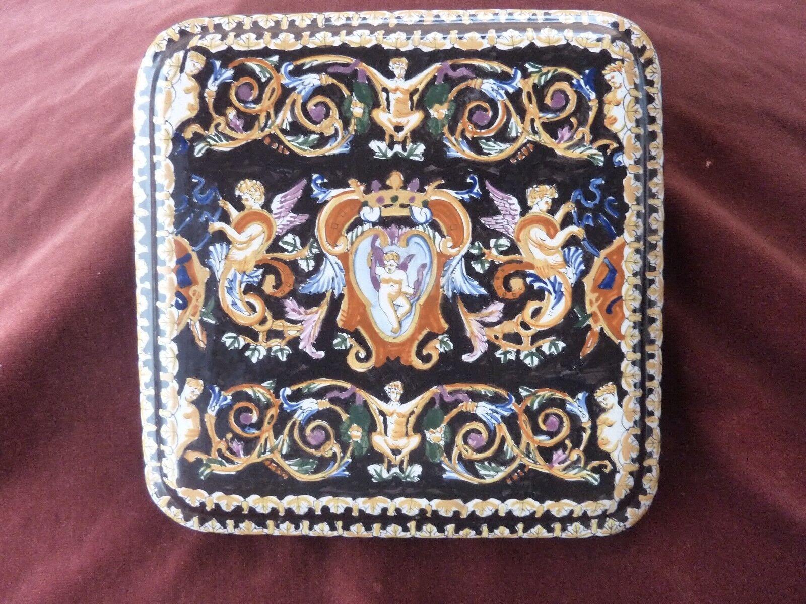 Grand dessous de plat signé KG,28x28cm,renaissance italienne