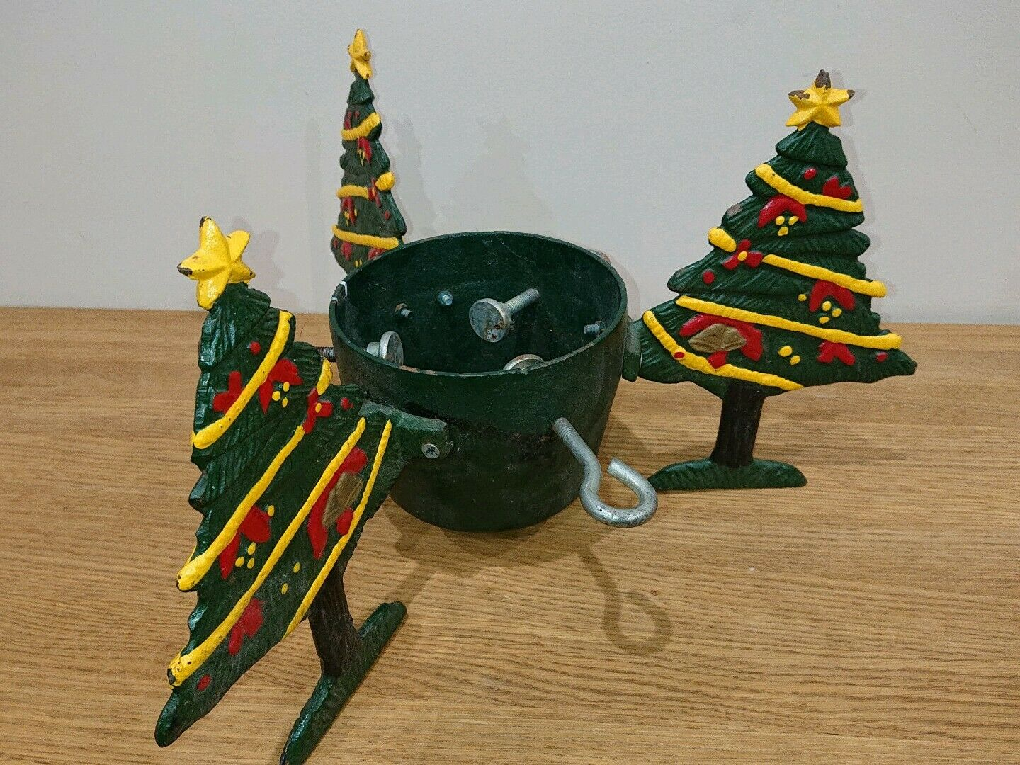 Cast iron christmas tree stand (vintage) Christmas trees. Heavy