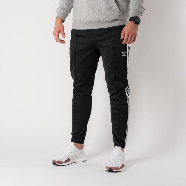 separation shoes 9d3cd e22fd adidas Mens Jogging Pants Beckenbauer TP