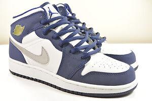Ds Xi Viii Xii Iv Navy I Iii Midnight 5y Nike V X 2001 Retro Xiii Jordan Air Ii rRAZr67q