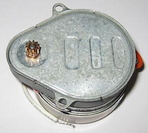 120-VAC-Synchron-Timer-Motor-6-RPM-60Hz-5-RPM-50Hz-5-Watt-Brass-Gear