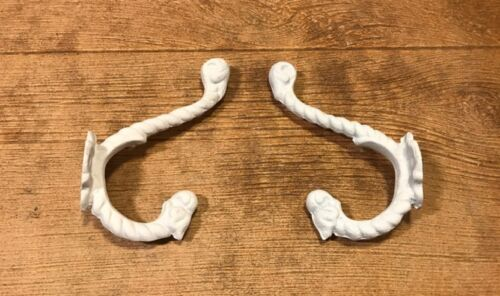"Cast Iron White Rope Wall Hook 7"" tall Set of Two Home Decor 0170S01209"