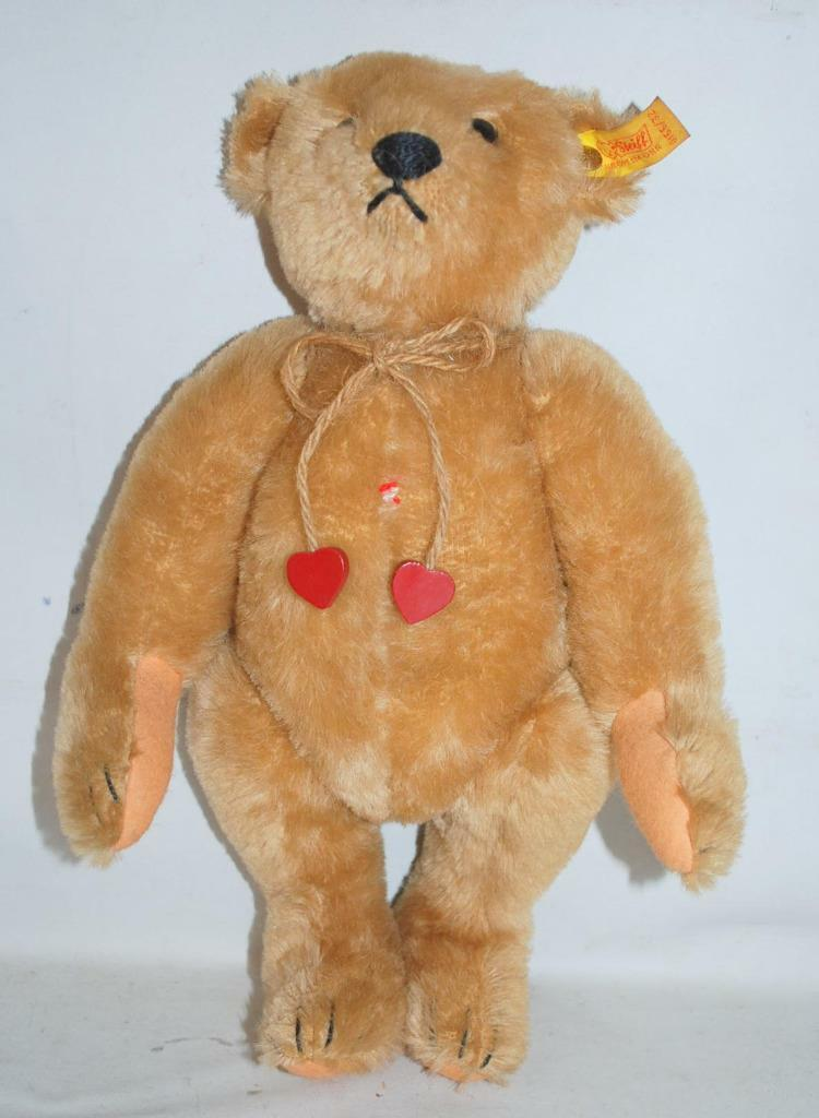 Vintage STEIFF Margaret Woodbury Strong Museum Bear With Tags 0155 32 156