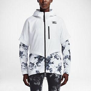 Image is loading Nike-International-Windrunner-Women-039-s-Jacket-Size- 4e78a85b3