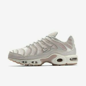 Wmns Air Max Plus LX 'Particle Rose'
