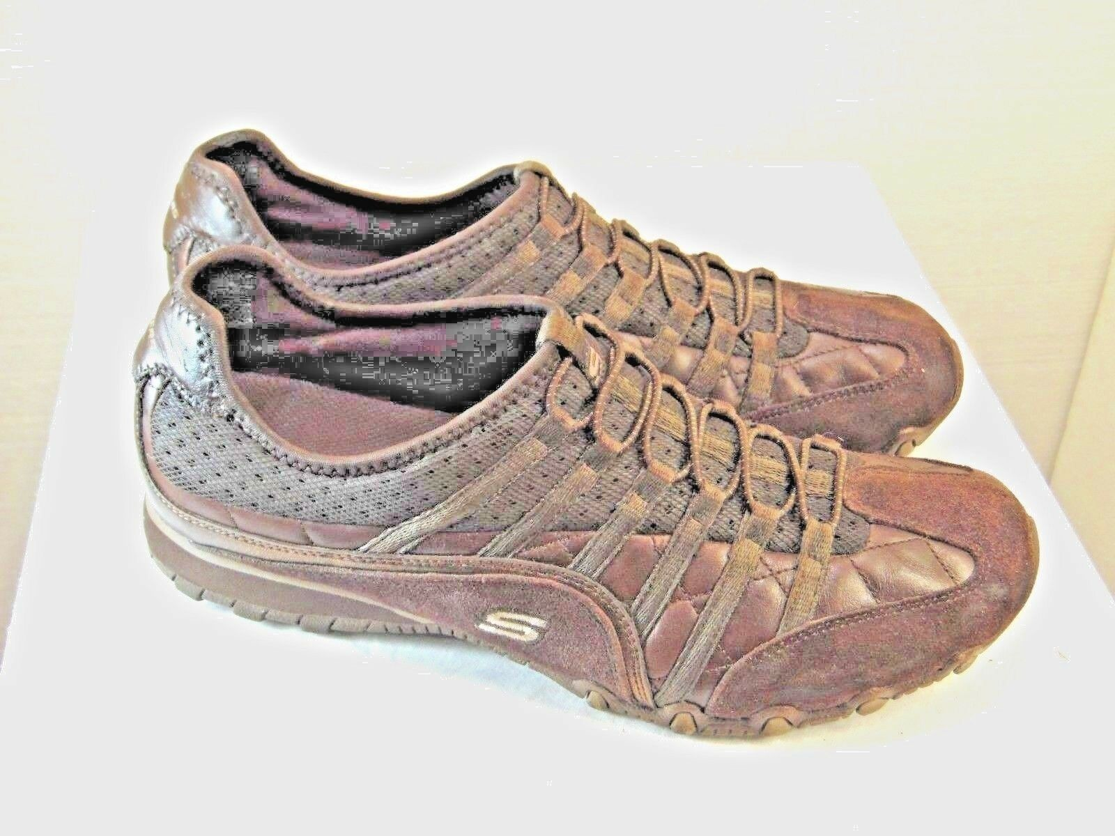 WOMENS CASUAL ATHLETIC SHOES SKECHERS BRAND SIZE 10 DARK BROWN COLOR   ZT3