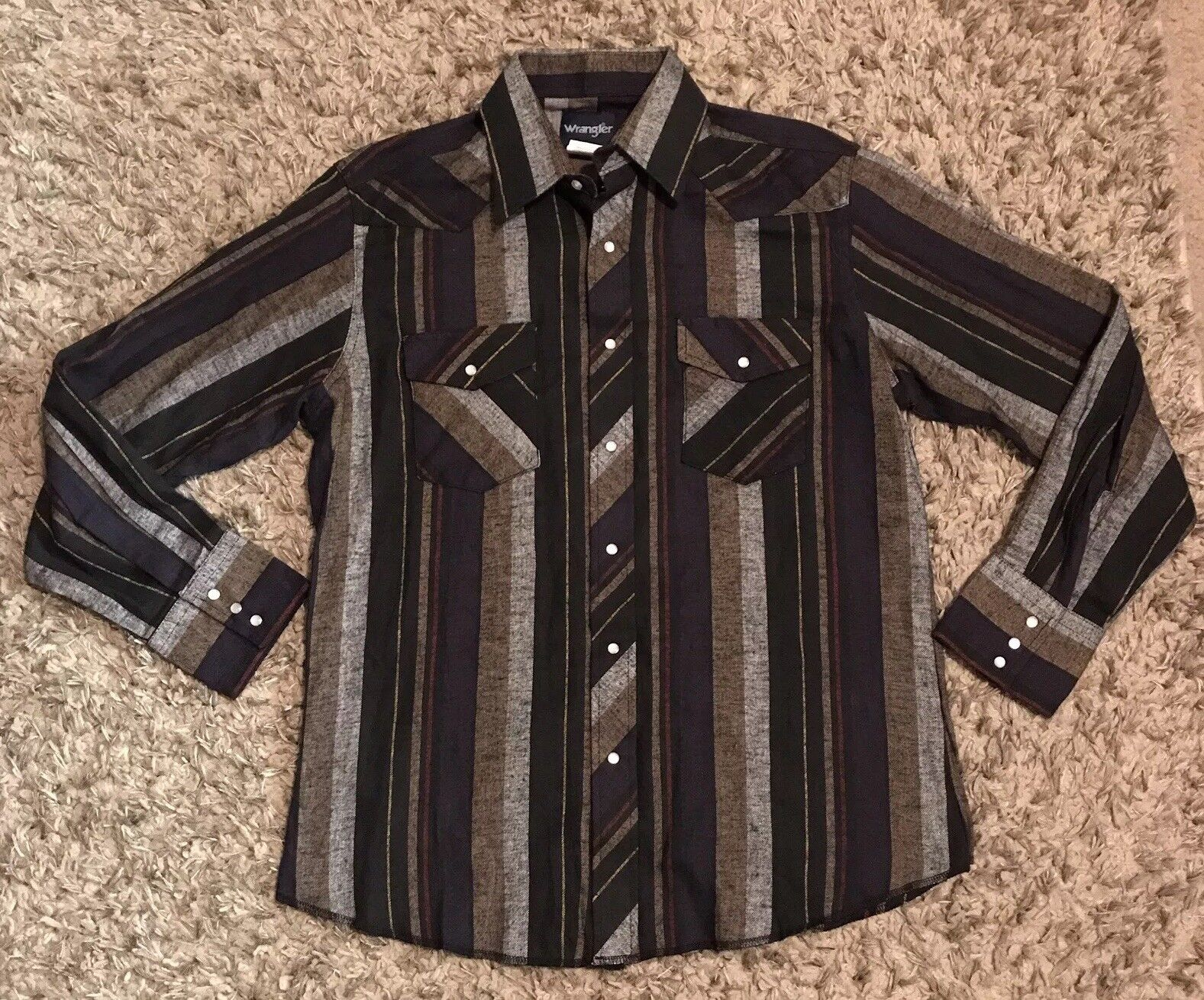 WRANGLER Vintage Mens Pearl Snap Striped Long Sleeve Button Up Size L