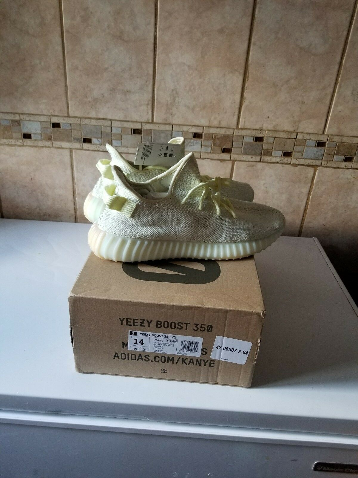 Yeezy Boost 350 v2 Butter Guaranteed sz 14 1000% Authentic Guaranteed Butter 11f16f