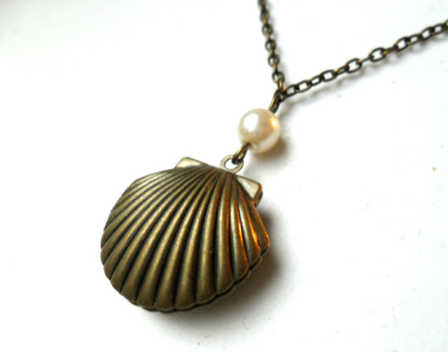 """Bronze Sea Shell Mermaid's Locket faux pearl, scallop necklace 18"""" chain vintage"""