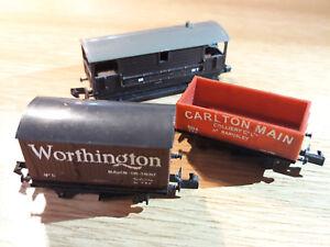 N-Gauge-THREE-BACHMANN-RAILWAY-CARRIAGES-VGC
