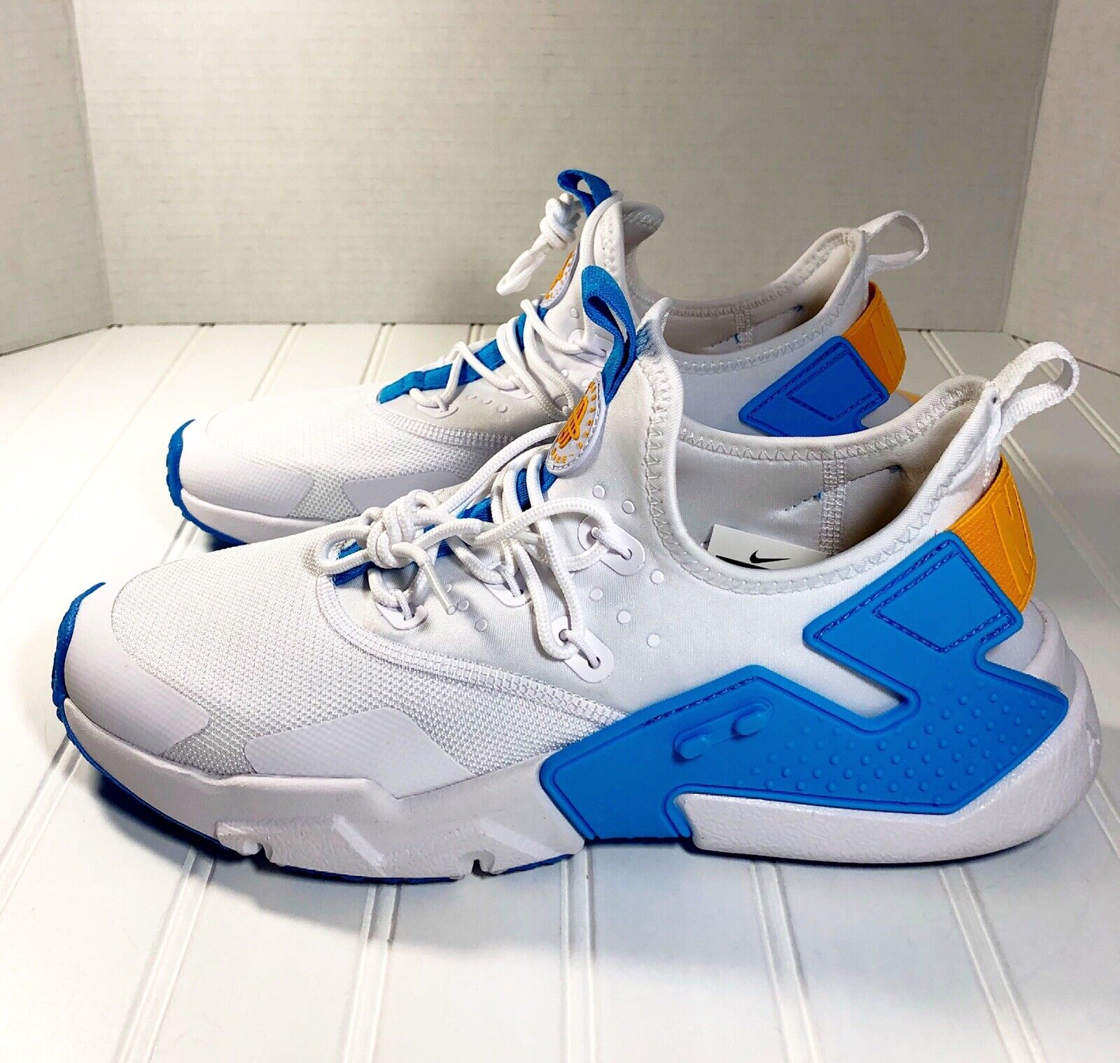 Nike Air Huarache Drift Mens AH7334-101 White Equator bluee gold shoes Size 9 New
