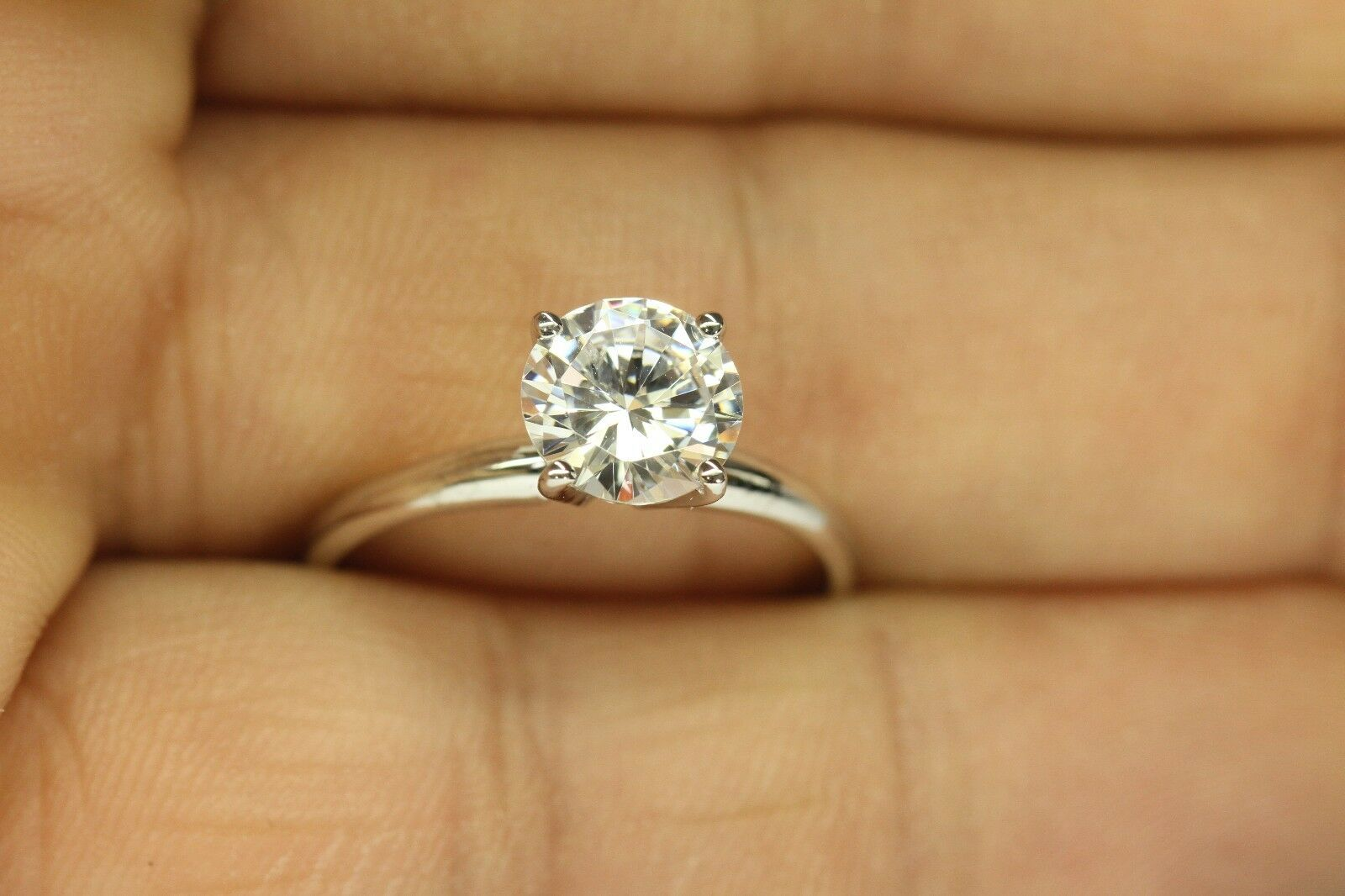 1.00 CARAT ROUND DIAMOND ENGAGEMENT RING WITH 4 PRONG YELLOW gold
