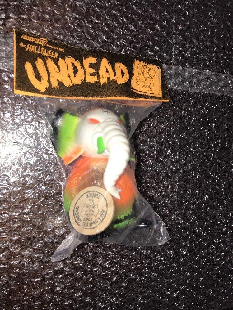 Super7 x Gargamel Halloween Undead Elephant vinyl secret base 2007