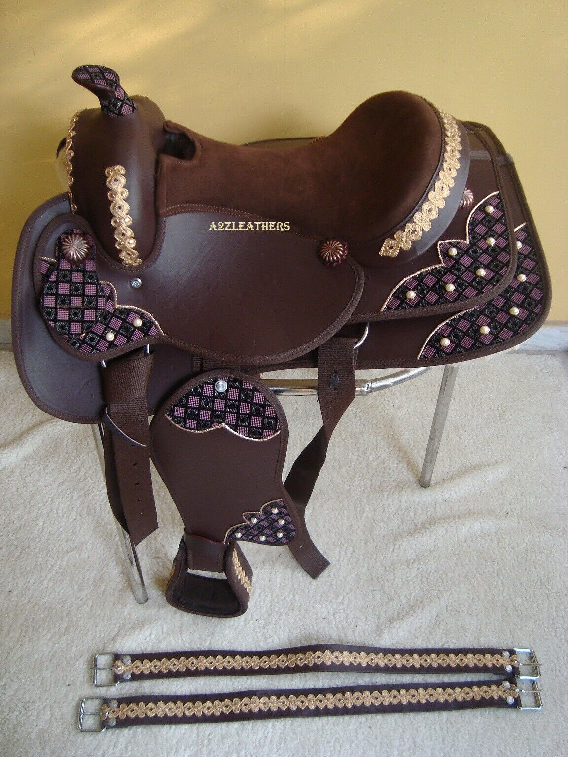 Brown Synthetic western saddle, Decorated with Febric patches and golden Laces