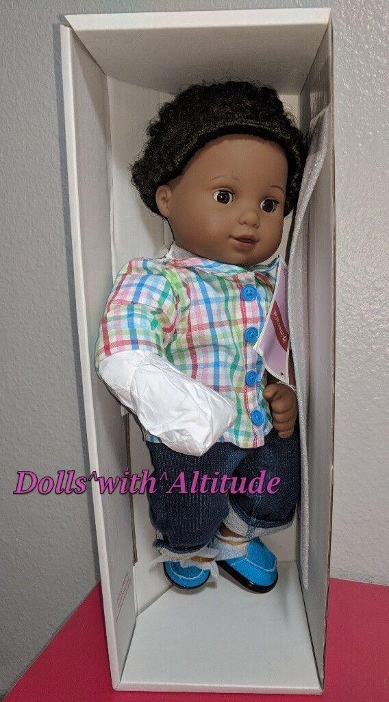 American Girl Bitty gemelos niño muñeca de piel oscura Pelo Negro Con Textura Nuevo en Caja